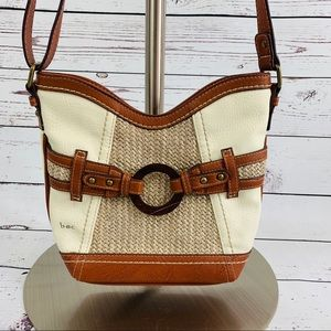 b.o.c purse brown and cream woven front